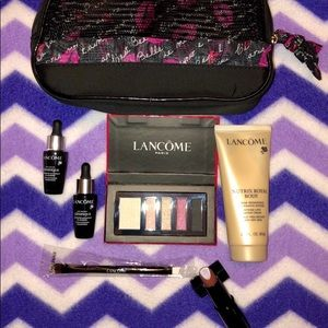 Lancôme 6 pc. Makeup set + bag